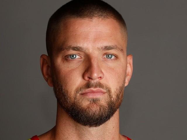 Atlanta Hawks' Chandler Parsons suffered career-threatening injuries in car crash, attorneys say