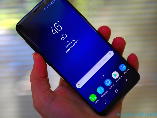 Samsung Galaxy S9 now comes in a Microsoft flavor