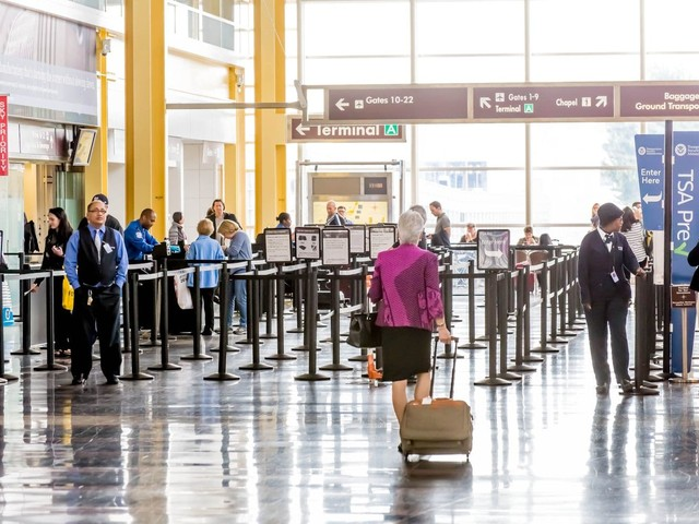 Government shutdown may create a ripple of disruptions for travelers