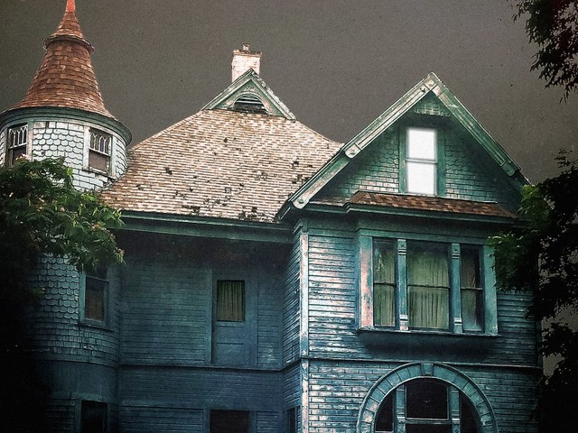 The psychology of why haunted houses scare us silly