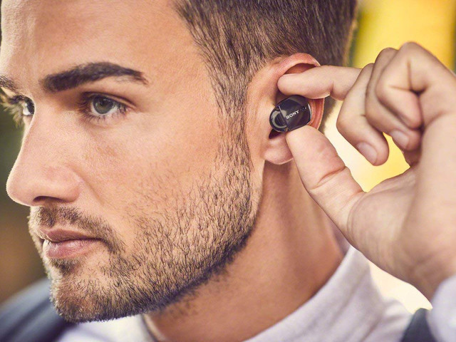 $200 Sony true wireless earbuds are all the way down to $80 today on Amazon