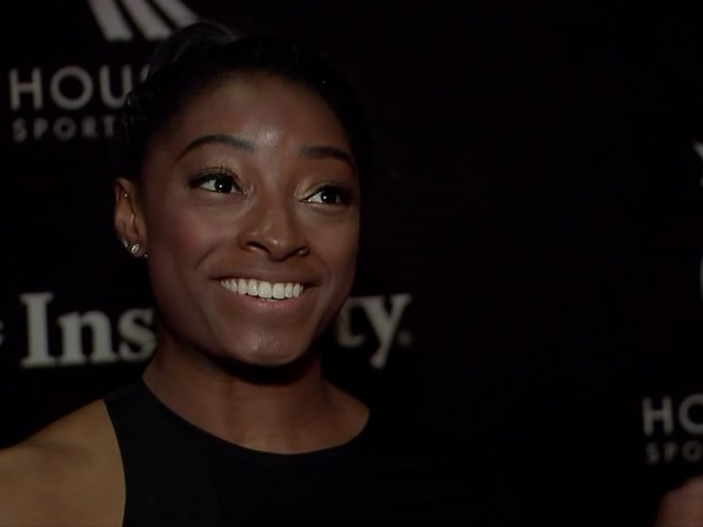 Simone Biles headlines star-studded athletes at Houston Sports Awards