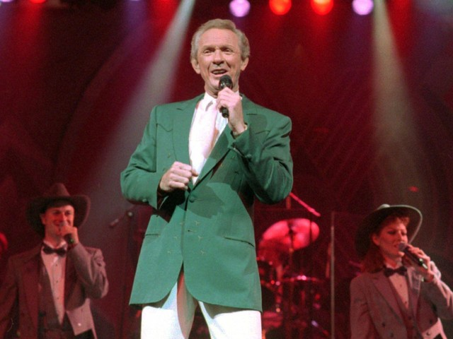 Longtime country singer, songwriter Mel Tillis dies  at 85