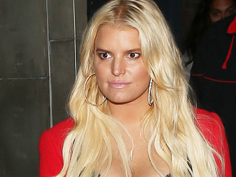 Jessica Simpson 'Always' Had A Cup Full Of Alcohol On Hand Before She Got Sober: 'I Started To Spiral'