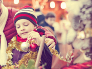 7 Ways To Save Money During the Holiday Season