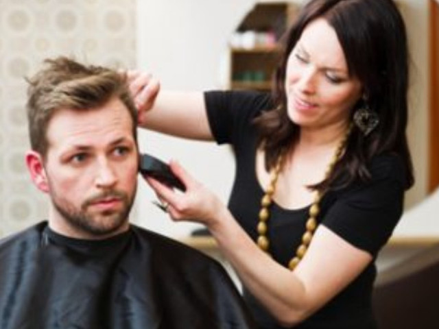 Coronavirus Pandemic Upends Men's Grooming Routines: Expert Predicts Long Hair, Beards Back In Style By Summer