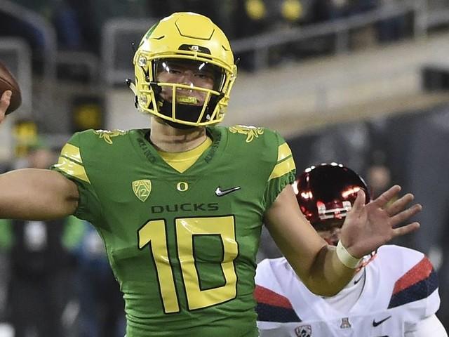 How Oregon will borrow from Bama to unleash Justin Herbert