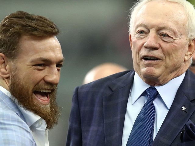 Video: Conor McGregor hangs out with Jerry Jones at Dallas Cowboys game