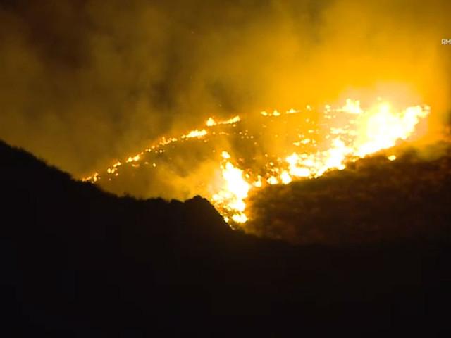 Hemet brush fire burns 20 acres before crews gain control