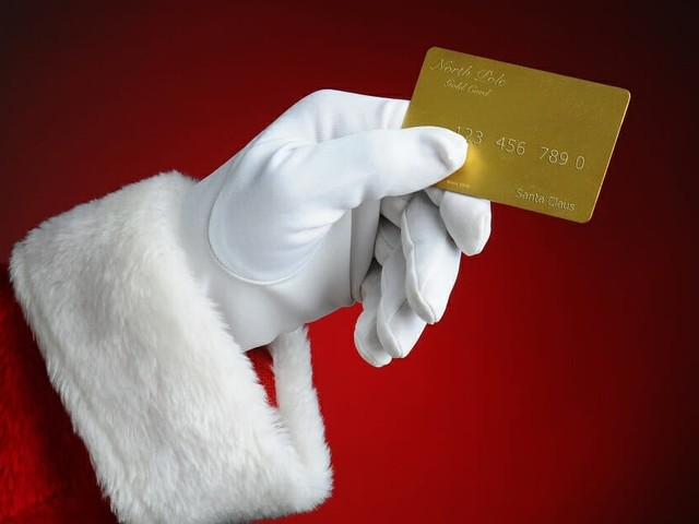 The 6 Best Credit Cards for Holiday Shopping