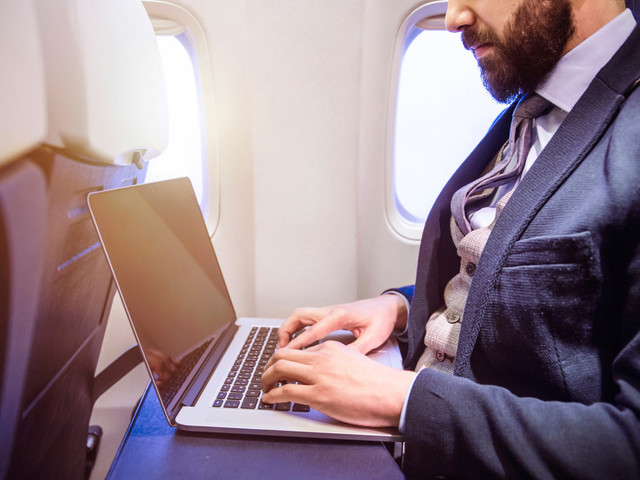 US, EU reject expanded laptop ban on flights from Europe