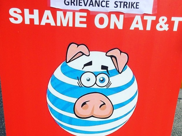 No Apparent Progress in AT&T, Union Contract Talks -