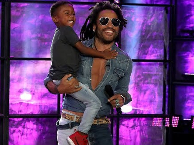 Lenny Kravitz surprises 5-year-old drummer playing his song on 'Ellen'