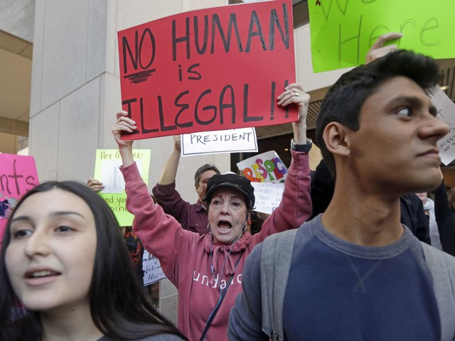 House Dems probe Trump's plans to release migrants into sanctuary cities