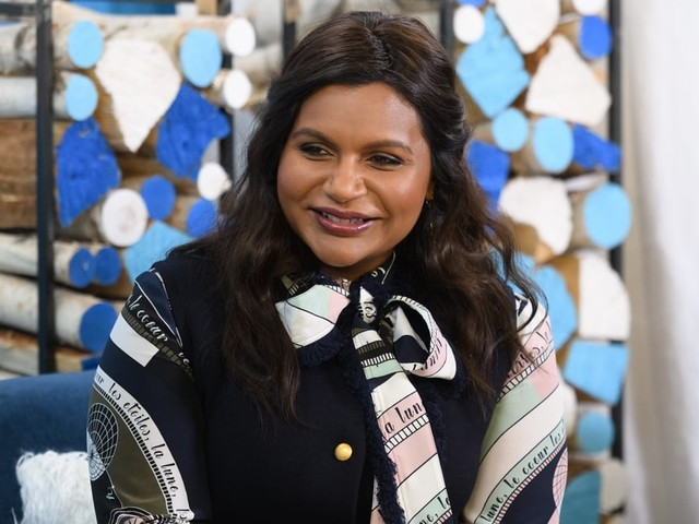 """Mindy Kaling on Late Night: I """"Was Just a Creep Writing Fan Fiction"""" for Emma Thompson"""