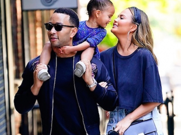 Chrissy Teigen & Her Mom Are Taking Folks To Court On New Comedy Show + John, Chrissy & Luna's Cute Family Flicks