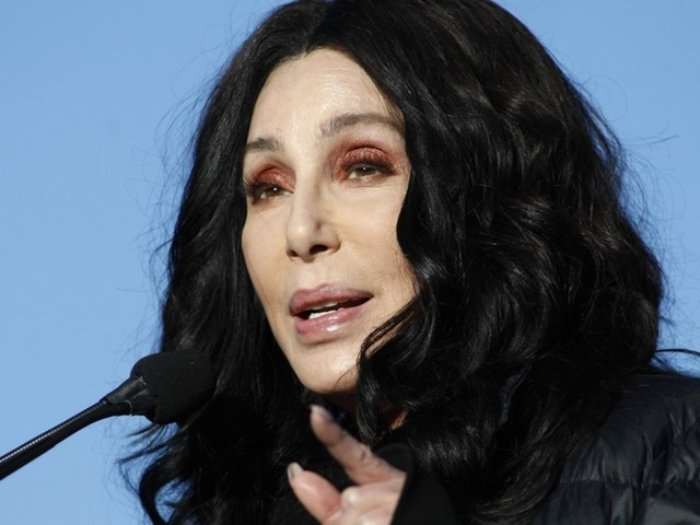 'Welcome to the Republican Party': Cher argues against California harboring influx of illegal immigrants, GOPers take note