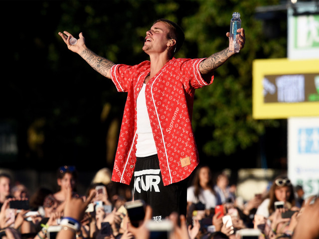 Justin Bieber's new hit is here, and resistance is futile