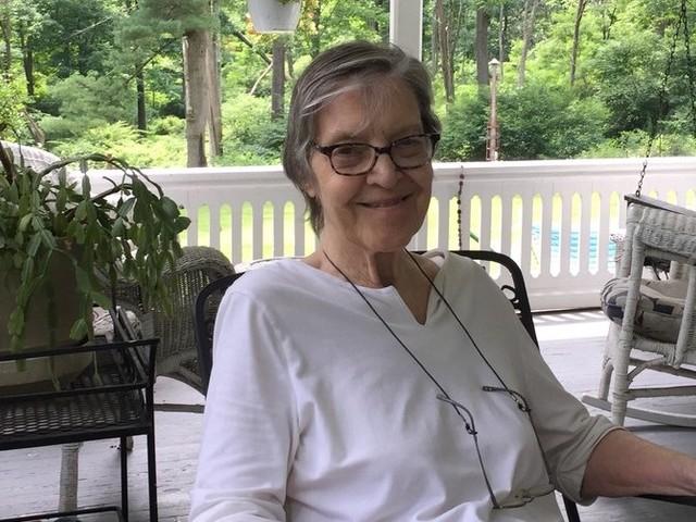Edith Kunhardt Davis, Author of 'Pat the Bunny' Sequels, Dies at 82
