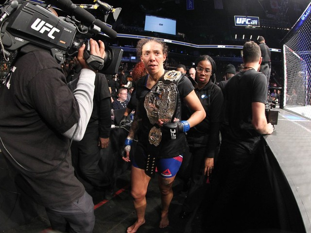 Germaine De Randamie makes statement on getting UFC title stripped: 'I walk my own path'