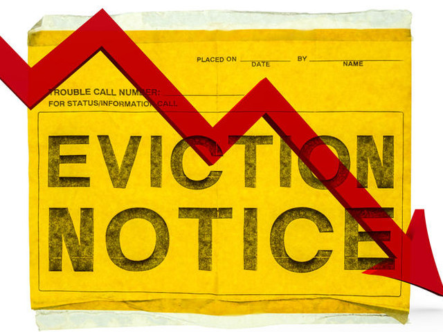 Evictions down 20% in parts of NYC where tenants get free lawyers