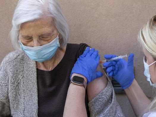 Health Experts Call For Suspension Of Pfizer Vaccination Among Elderly After Norway Deaths