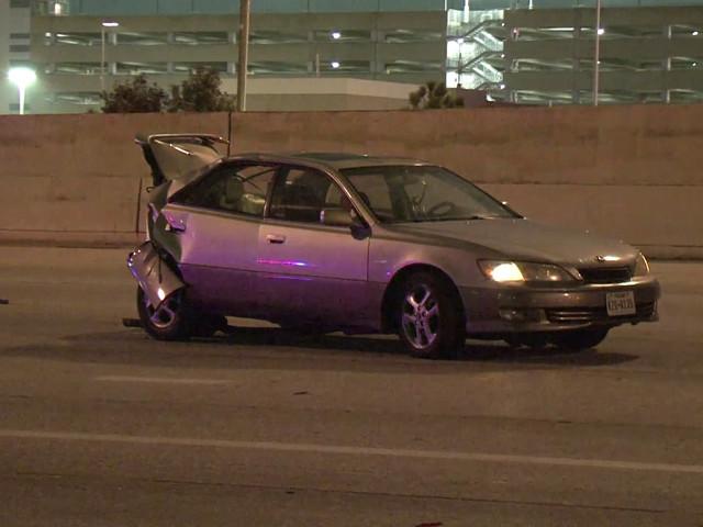 Woman dies in 2-car Katy Fwy crash