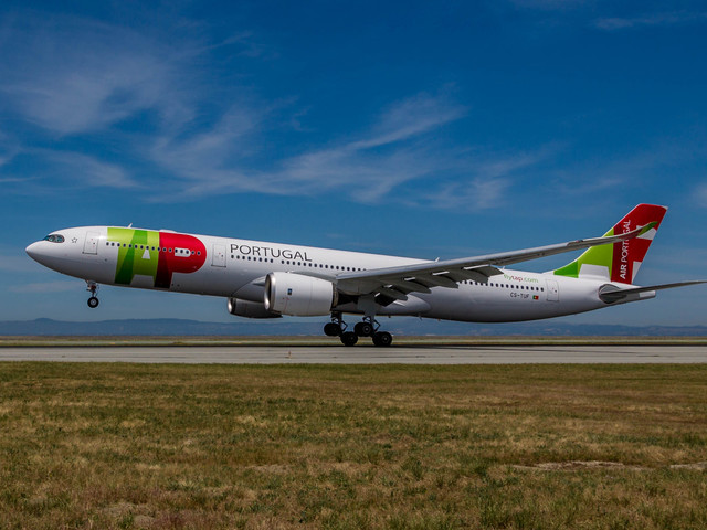 TAP Air Portugal takes off for Lisbon [PHOTOS]