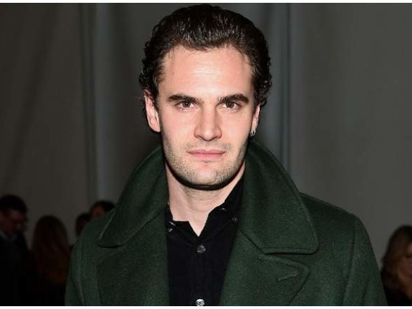 Tom Bateman, Daisy Ridley's Rumored Fiancé: 5 Fast Facts You Need to Know