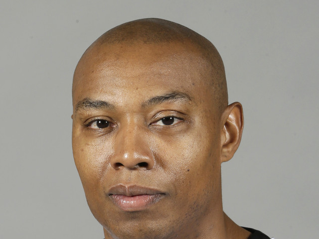 Former NBA star works to end solitary confinement in prisons