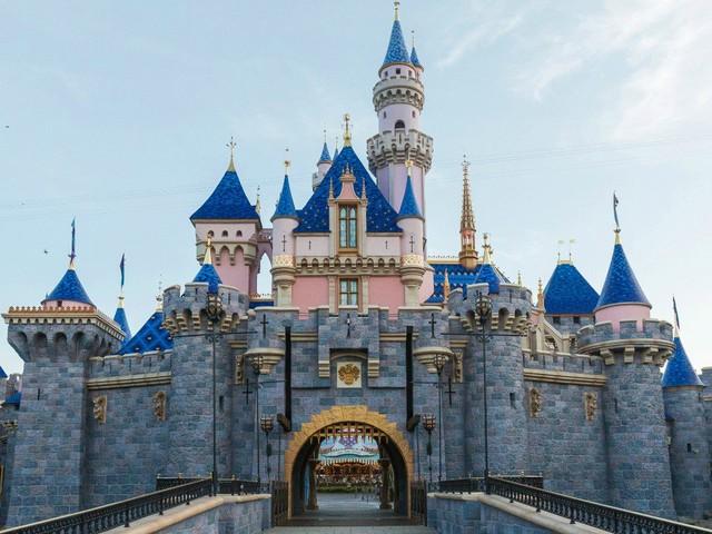 Disneyland Unveils Completely Renovated Sleeping Beauty Castle