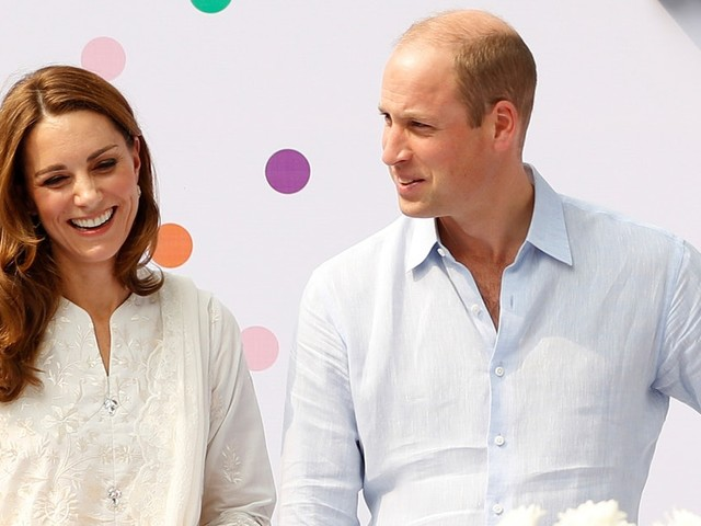 The Photos Of William & Kate Surprising Kids On Their Birthday Are Sweet