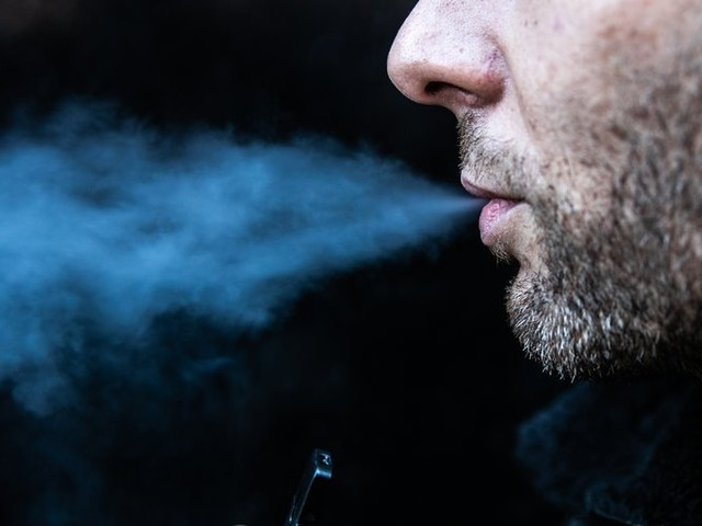 FDA opens criminal probe as mysterious vaping-sickness cases rise to 530