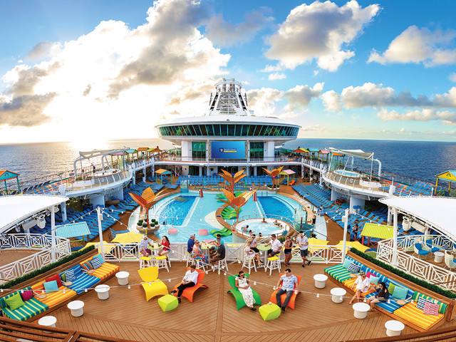 Video: Top things the pros wish they knew before taking a cruise!