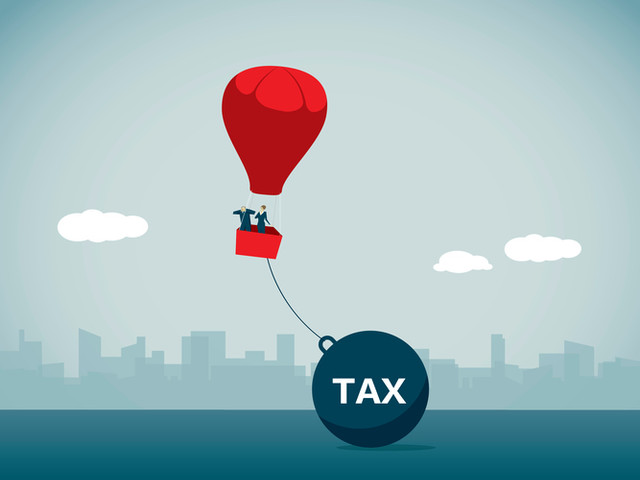 Congress should change the proposed endowment tax so institutions use resources to serve less-affluent students (essay)