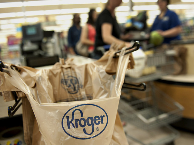 Kroger shows new moves in grocery delivery, to experiment with driverless vans
