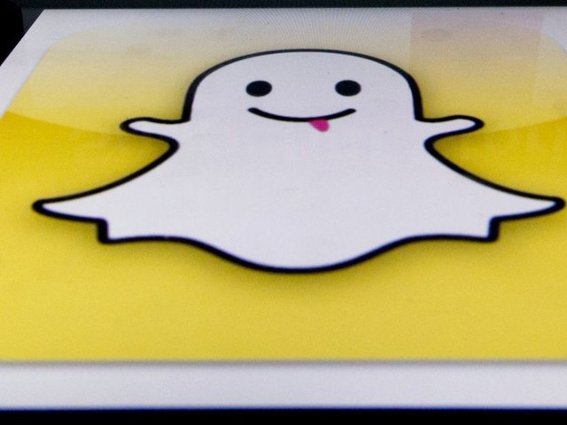 Snap CFO Tim Stone quits after eight months. The stock drops 8%