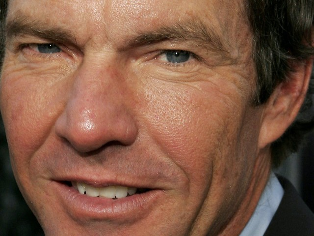 Why was Dennis Quaid hanging with 2 Capitol rioters at a right-wing gala?