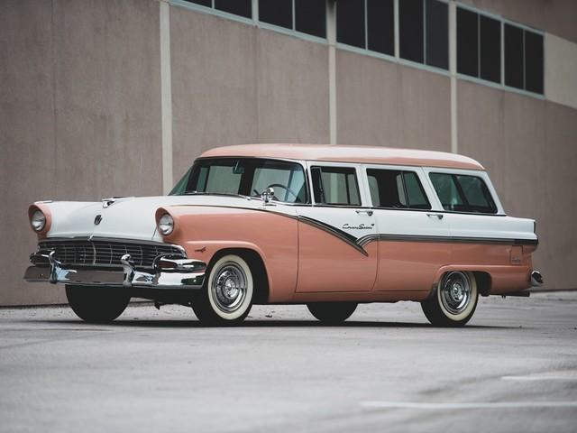 1956 Ford Sedan