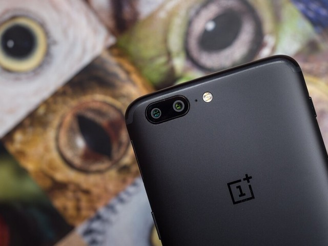 Here's when the OnePlus 5/5T and OnePlus 6/6T will receive Android 10