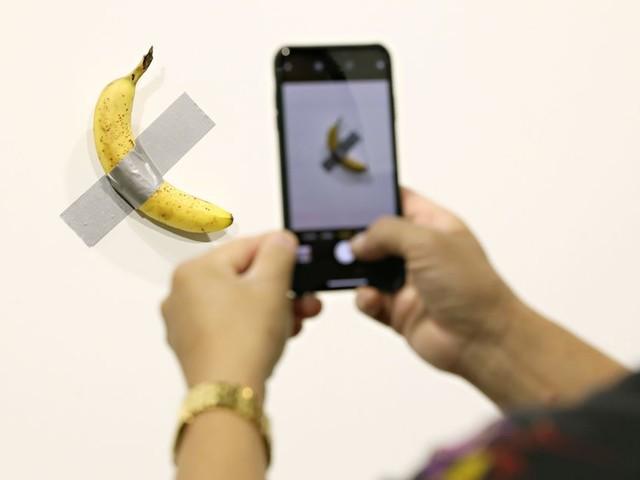 Eating the $120,000 Art Basel banana didn't destroy the art, because art