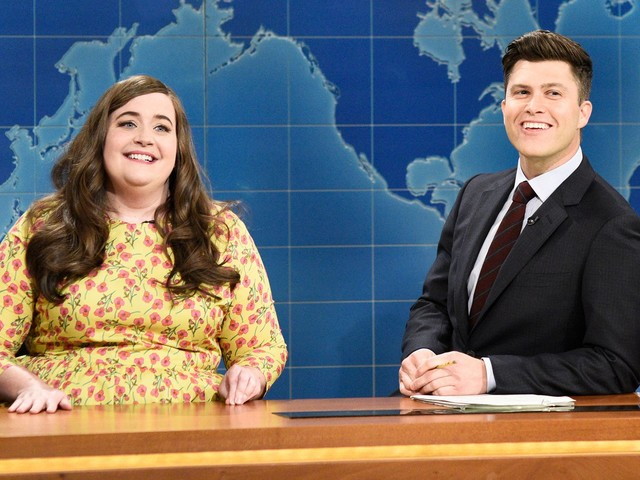 Aidy Bryant Has Suggestions For Mark Wahlberg (& All Men) On SNL