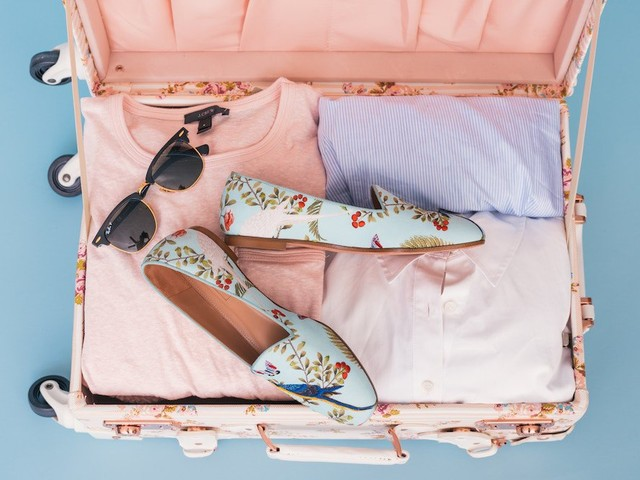 Packing Champions: A Well-Rounded Wardrobe for Your Theme Park Vacation