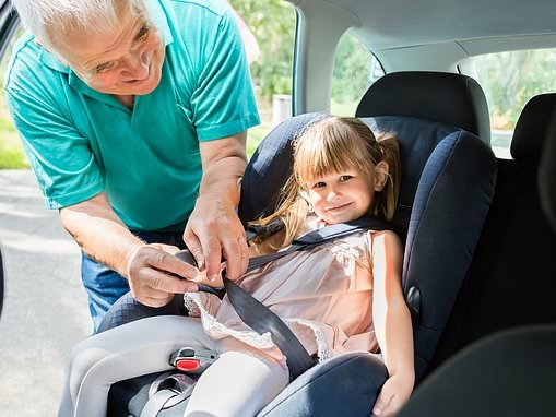 One if five parents and grandparents don't always secure children in car seats correctly