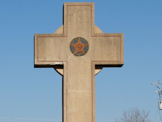 Does This War Memorial Violate the First Amendment?