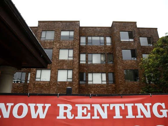 Manhattan Rental Market Implodes: Median Rent Plunges Most Ever As Vacancies Hit Record High