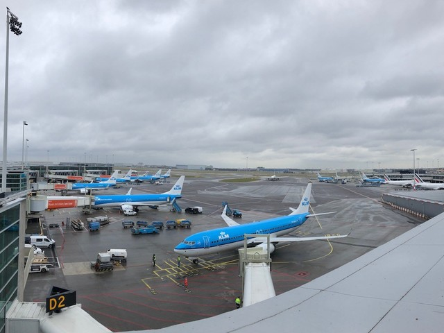 Plane Spotter Paradise: the Panorama Terrace at Amsterdam Schiphol (AMS)