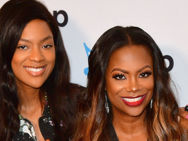 A Slim Riley Burruss Is 10 Pounds Away From Kandi's Weight, And It's Left Mama Shook