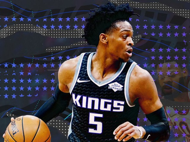 The Kings must stop holding De'Aaron Fox back