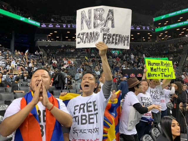 NBA China Woes Refuse To Die, As Tibet Protesters Demonstrate At Brooklyn Nets Game